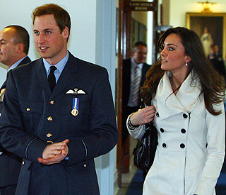 Kate Middleton comes to Wills' rescue at shop till