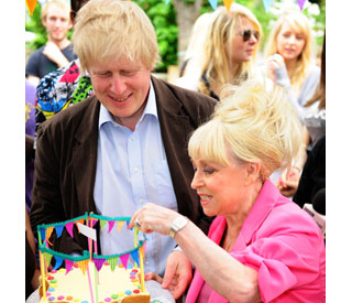Judging is a piece of cake for Boris Johnson and Babs