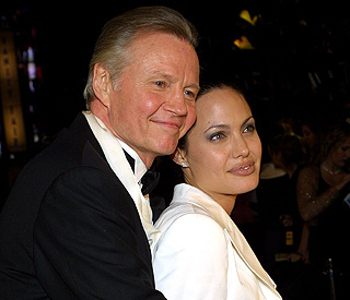 Jon Voight plans to stay close to Angie and kids