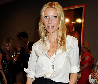 Gwyneth Paltrow opens up about post natal depression