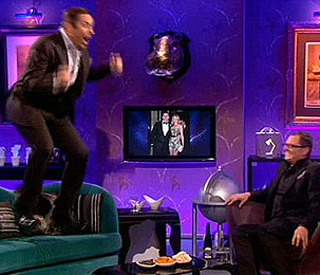 David Walliams has Tom Cruise sofa moment