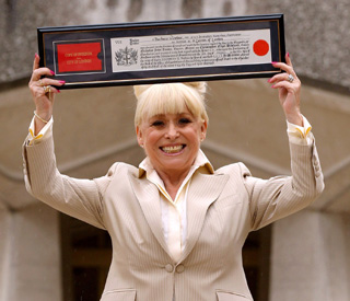 Barbara Windsor given freedom of the City of London
