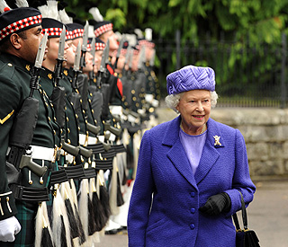 The Queen takes up annual residence in Scotland