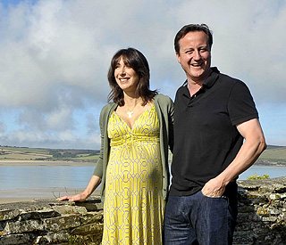 Pregnant Sam Cameron and David on 'staycation'