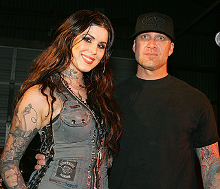 New couple: Jesse James and Kat Von D getting close