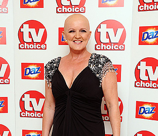 Brave Bernie Nolan shows she's 'happy with no hair'