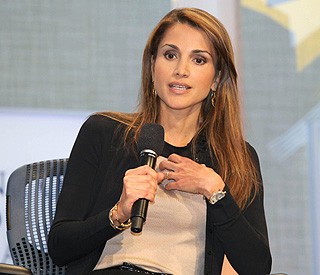 Queen Rania in 'good spirits' after heart procedure