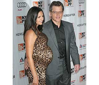 Matt Damon's wife looks grrreat in leopard-print