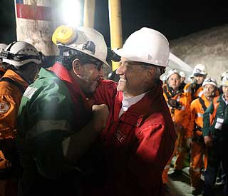Mision cumplida: Joy over Chile mine rescue