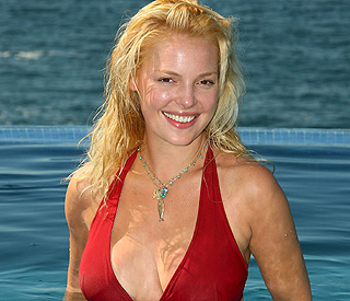 Katherine Heigl's hot tub session brings police to door