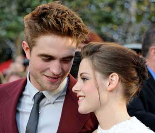 Rob Pattinson and Kirsten Stewart 'very affectionate'
