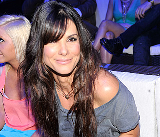 Pampering's a priority on Sanda Bullock's family holiday
