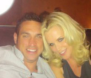 Jenny McCarthy wooed by pirate lover Jason Toohey
