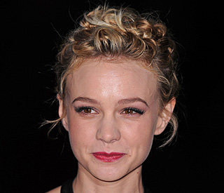 Budget hotel proves 'best' home for Carey Mulligan