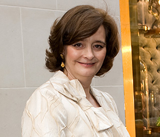 Cherie Blair sells husband's autograph on eBay