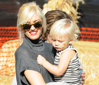 Gwen Stefani and kids get set for Halloween