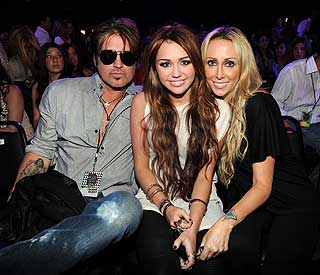 Miley Cyrus' parents Billy Ray and Tish to divorce