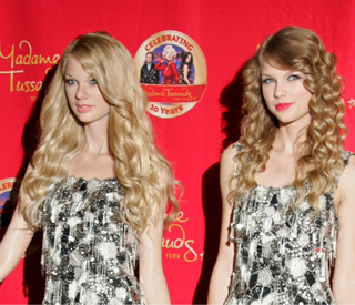 Double trouble for country star Taylor Swift