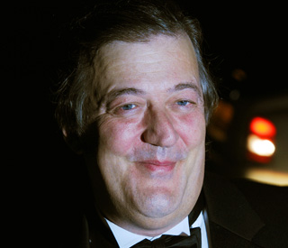 Stephen Fry says 'bye bye' to Twitter