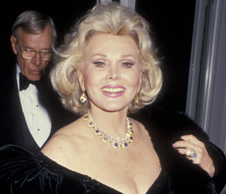 Zsa Zsa Gabor back home after being rushed to clinic