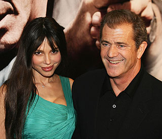 Judge orders probe into Mel Gibson document leak