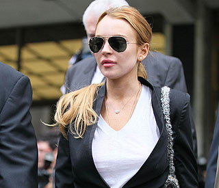 Rehab worker says Lindsay Lohan attacked her