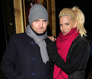 Girls Aloud's Sarah Harding engaged to marry