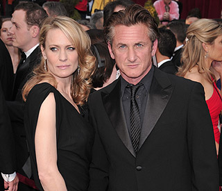 Divorce from Robin cost Sean Penn £40 million