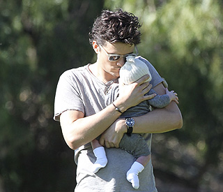 Doting daddy Orlando blooming with love for son