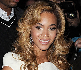 Beyonce donated Gaddafi money to charity