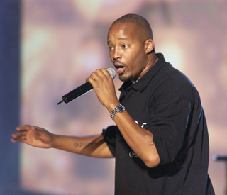 Rap stars pay tribute to Nate Dogg