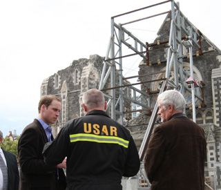 William visits earthquake-ravaged Christchurch