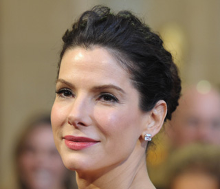 Sandra Bullock donates $1 million to Japan relief