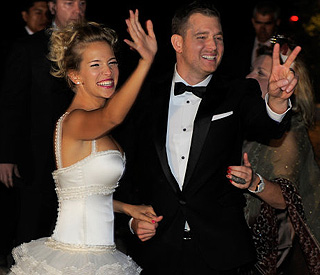Burglary can't spoil Michael Buble's second nuptials