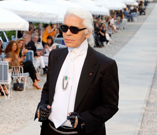 Fashion maestro Karl Lagerfeld moves into movies