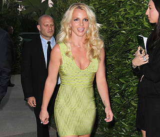 Britney looking better than ever in bandage dress