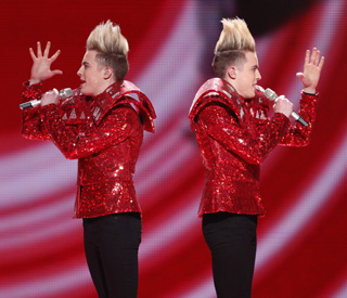 Irish twins Jedward through to Eurovision final