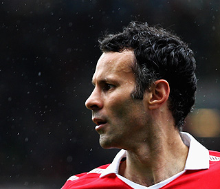 Ryan Giggs named in super-injunction row