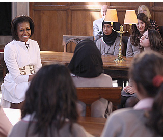 Michelle Obama inspires inner city girls with Oxford trip