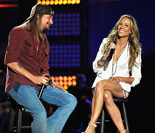Sheryl Crow's undies steal the show at CMTs