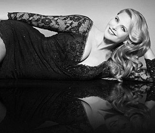 Christie Brinkley set for West End debut