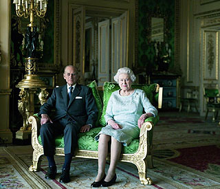 Regal portrait of Queen and Philip marks 60-year reign