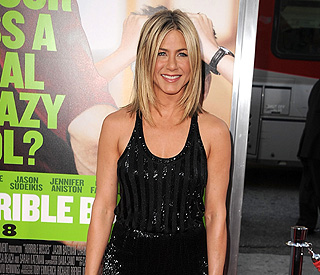 Jennifer Aniston to take year off to be with beau Justin
