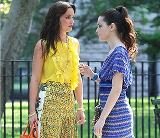 Leighton looks fresh on-set of 'Gossip Girl'