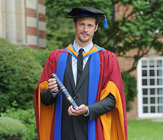 'Vampire' Alexander Skarsgard given honorary degree