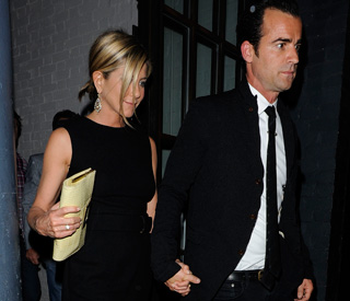 Jennifer Aniston goes public with new man Justin