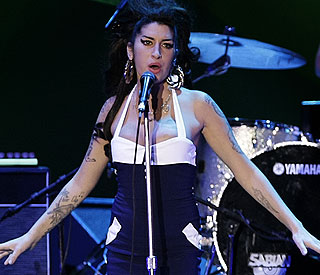 Amy Winehouse found dead at 27