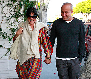 Selma Blair gives birth three weeks late
