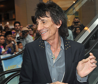 Ronnie Wood takes his successful radio show to TV