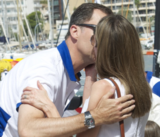 Princess Letizia's tender kiss for her sailor prince